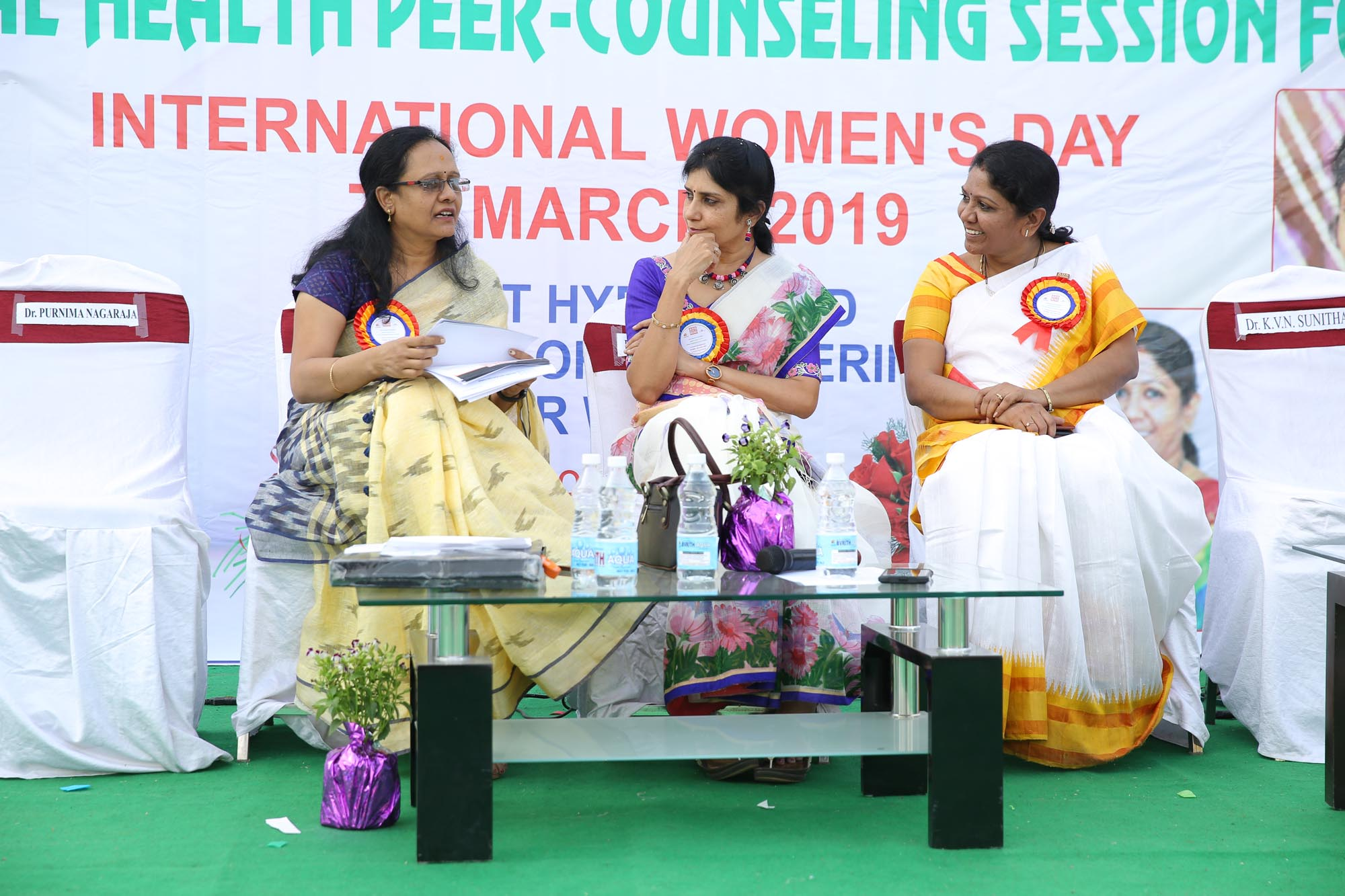 Chief Guest Dr. Vasudha Rani, Adjudicator, Smt. Anuradha Vishnu Raju and Dr. KVN Sunitha, Principal on the stage